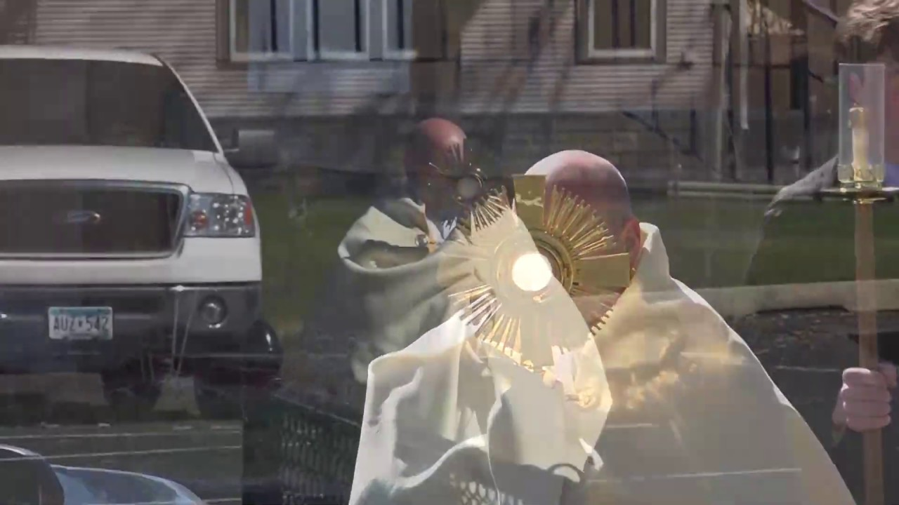 PARKING LOT PRIEST: Celebrating the Octave of Easter in the Shadow of the Cross